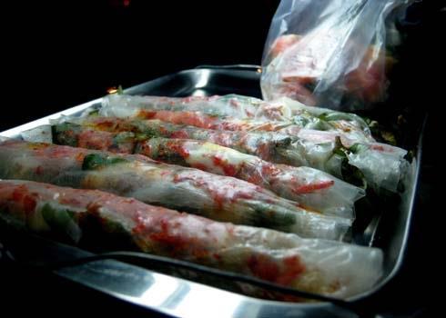 12 món bánh dân dã hút khách chốn Sài thành
