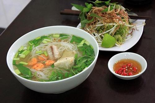 4 món bún đặc sản của các vùng ở Sài Gòn