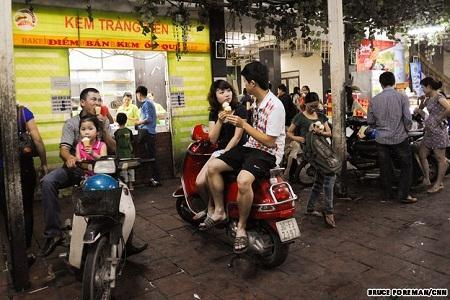 Ẩm thực đường phố Việt Nam lên báo Mỹ