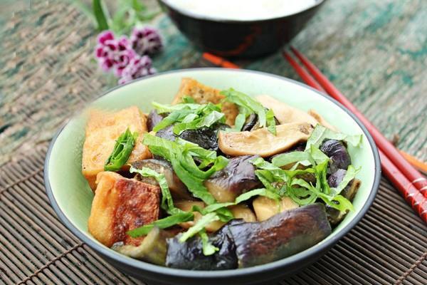 Ăn chay ngon với đậu phụ kho cà tím