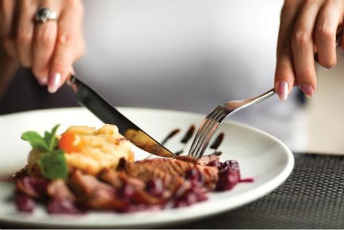 Ăn đồ bổ có nguy cơ khiến tế bào ung thư nhanh phát triển