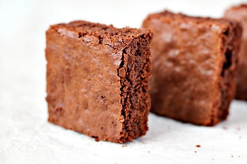 Ăn sô-cô-la giúp thon gọn hơn?