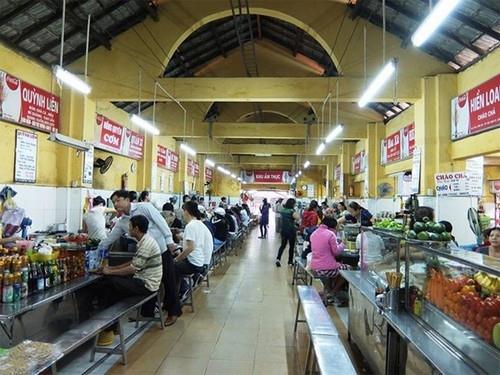 Ăn vặt ở chợ Cồn Đà Nẵng