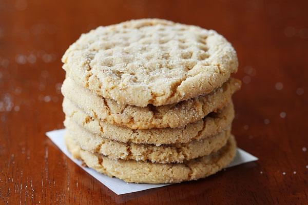 Bánh quy bơ lạc béo bùi thơm ngon