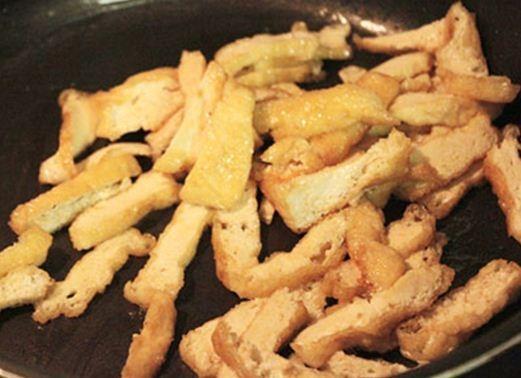 Bắp cải xào đậu phụ và nấm