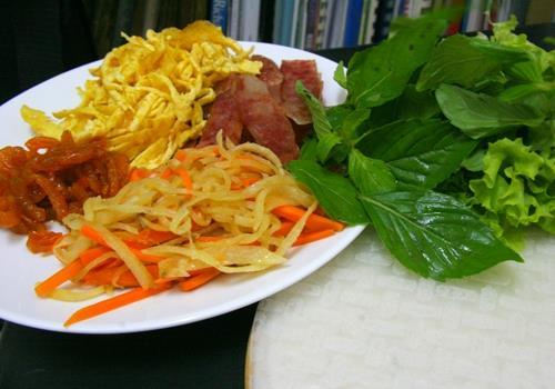 Bò bía, món ngon đường phố Sài Gòn