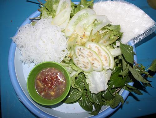 Bò lá lốt dậy mùi góc phố Sài Gòn