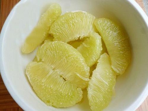 Bổ sung vitamin với sinh tố dứa bưởi thơm ngon