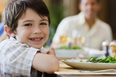 Bữa sáng qua loa làm não trẻ em hoạt động chậm