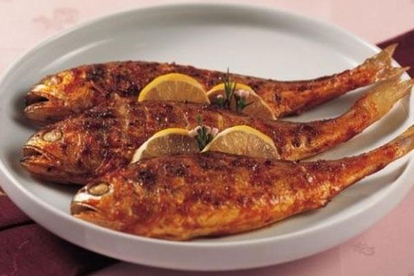 Cá đù vàng tẩm nướng