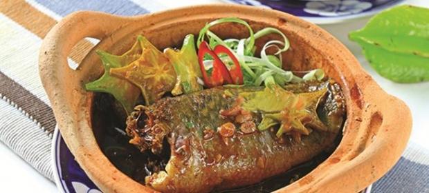 Cá rô chưng tương bần