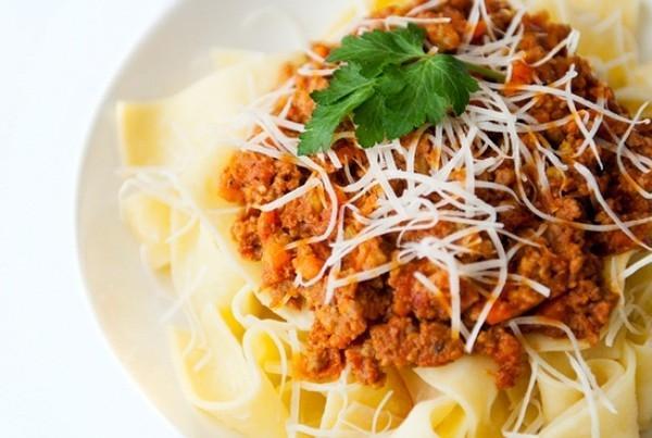 Cách nấu xốt bò băm kiểu Ý cực chuẩn