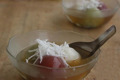 Chè trôi nước 3 màu ngon đẹp cho Tết Hàn thực