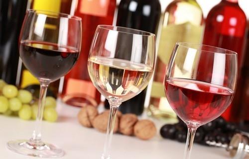 Chọn đồ ăn phù hợp với rượu vang