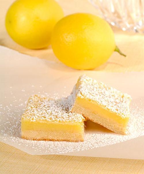 Chua chua thơm thơm món bánh chanh hấp dẫn