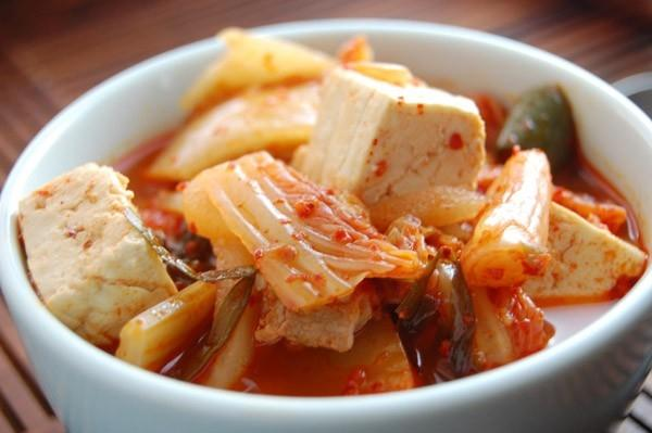 Công thức canh kimchi cay nồng