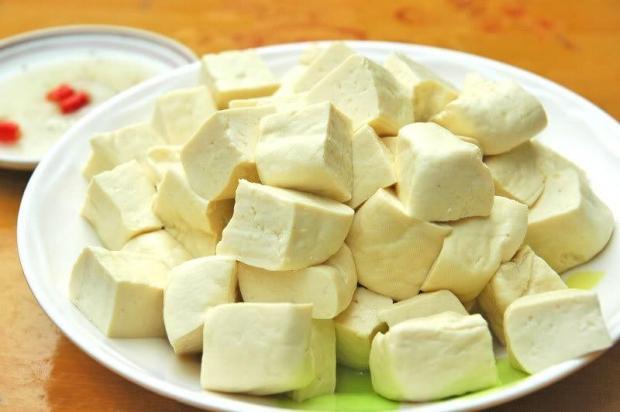 Đậu phụ và thực phẩm từ đậu: không phải ăn nhiều là tốt