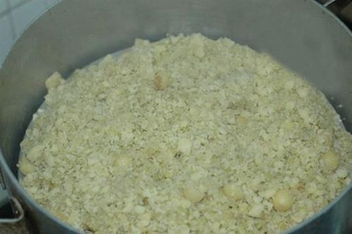 Dẻo bùi thơm nức món xôi cốm hạt sen