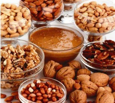 Dinh dưỡng ngăn ngừa rụng và bạc tóc