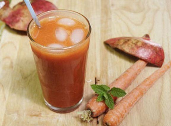 Hai loại nước ép ngon từ cà rốt