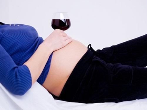Học cách ăn giúp thai nhi phát triển đúng chuẩn