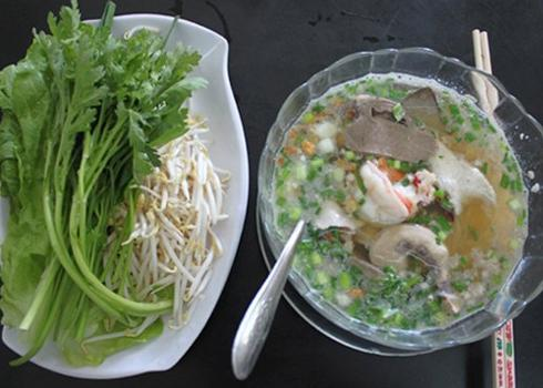 Hủ tiếu ngon trên phố Sài Gòn
