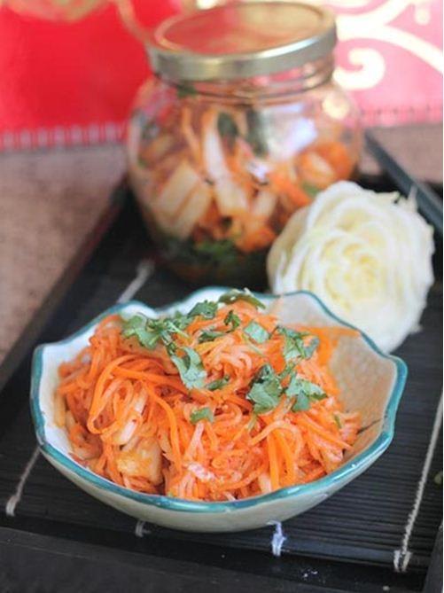 Kim chi củ cải chống ngấy ngày Tết