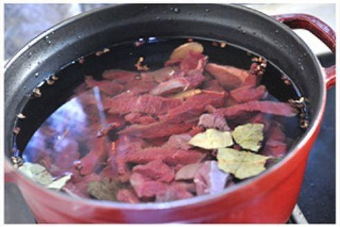 Mách bạn cách làm thịt bò khô nhanh mà ngon