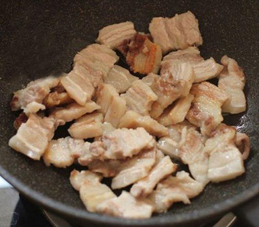 Mách bạn cách làm thịt rang cháy cạnh siêu ngon!