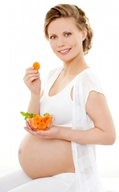 Mẹ ăn đêm không có lợi cho thai nhi