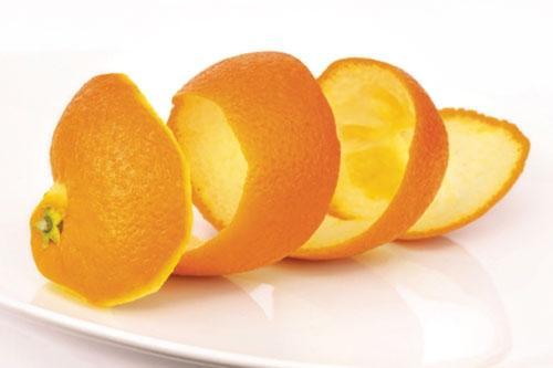 Mẹo chữa hóc xương cá bằng vỏ cam