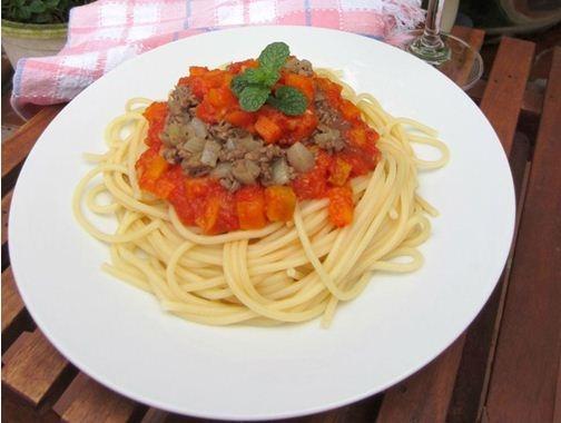Mỳ Ý xốt cà chua bò băm làm nhanh ăn ngon