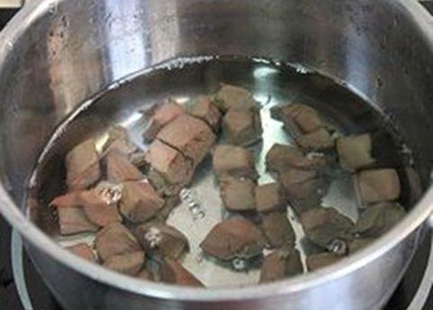 Nấu canh nấm mát lành bổ dưỡng