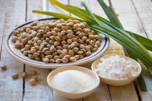 Ngọt lành thân thương món chè đậu ván Huế