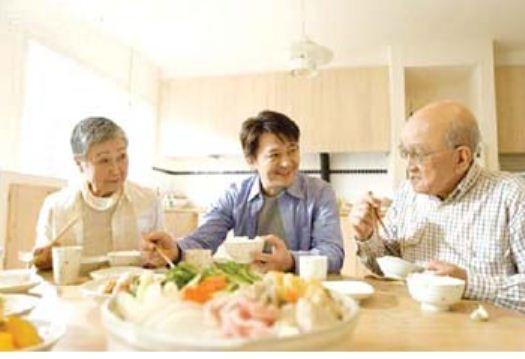 Những lưu ý trong chế độ dinh dưỡng cho người cao tuổi