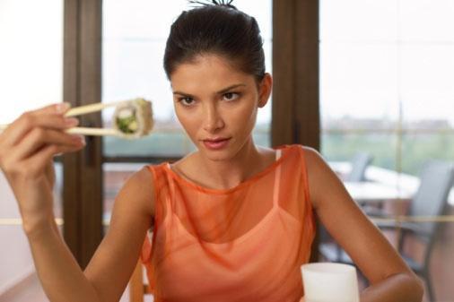 """Những thực phẩm là """"sát thủ"""" của não bộ"""