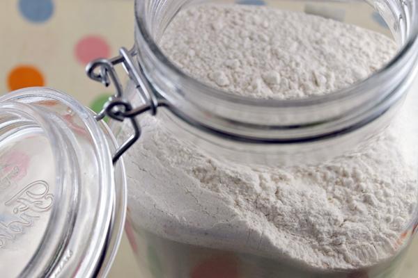 Phân biệt và sử dụng bột nở, muối nở, men nở