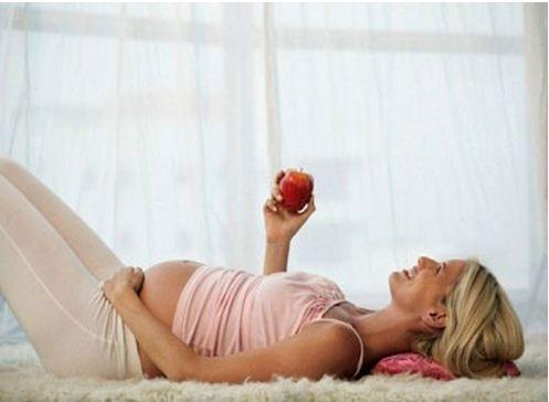 Quả táo cực tốt cho mẹ bầu
