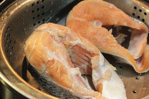 Ruốc cá hồi bổ dưỡng cho bé