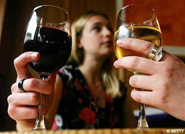 Rượu: Lợi hay hại phụ thuộc vào mức độ uống