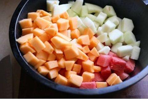 Salad hoa quả làm nhanh ăn ngon
