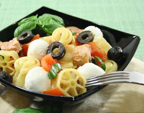 Salad mỳ Ý - ngon miệng mà không lo tăng cân