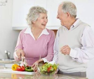 Sử dụng thực phẩm hợp lý cho người cao tuổi