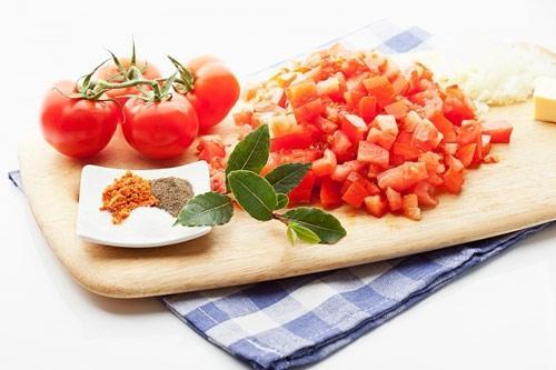 Tác dụng tuyệt vời của cà chua đối với bà bầu