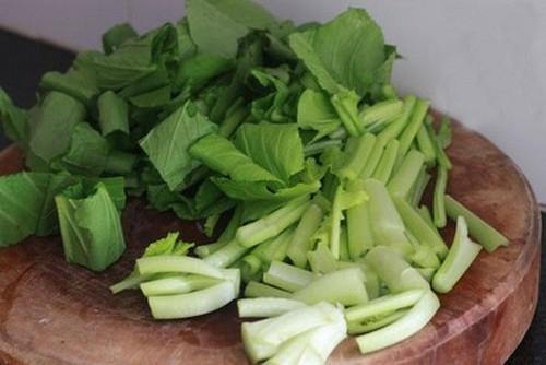 Thanh ngon món canh cải ngọt nấu hến