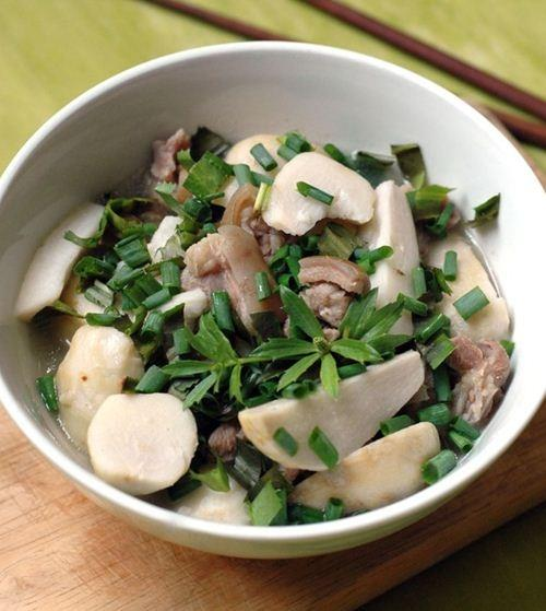 Thịt dê nấu khoai sọ