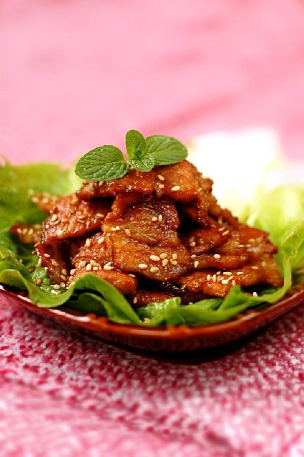 Thịt heo áp chảo thơm lừng hấp dẫn