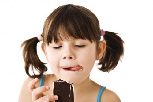 Thực phẩm dễ gây sâu răng cho trẻ
