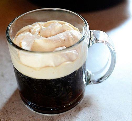 Thưởng thức cà phê kiểu Ai Len thơm ngậy cực ngon!
