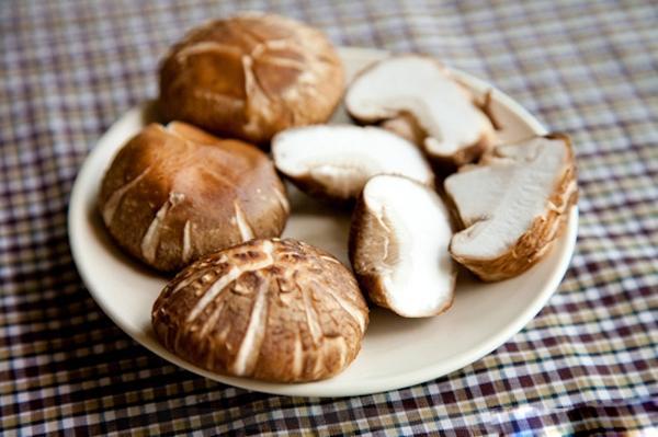 Top 10 thực phẩm làm trắng da